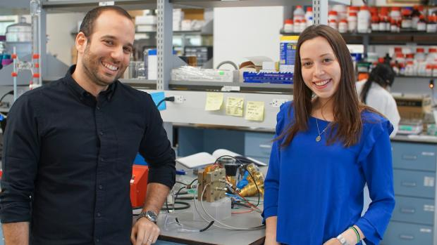 Miguel Modestino and Daniela Blanco in the lab