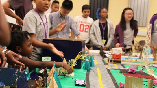 Science of Smart Cities students display their model city to faculty, friends, and family.